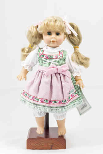 Vinyl doll Country House bright green