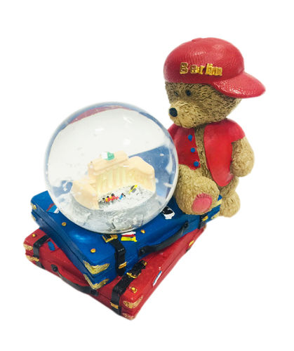 Snow globe with bear